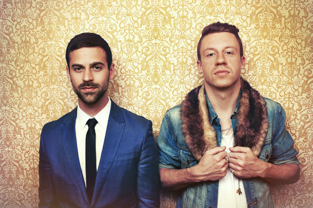 Macklemore-and-Ryan-Lewis-Cant-Hold-Us