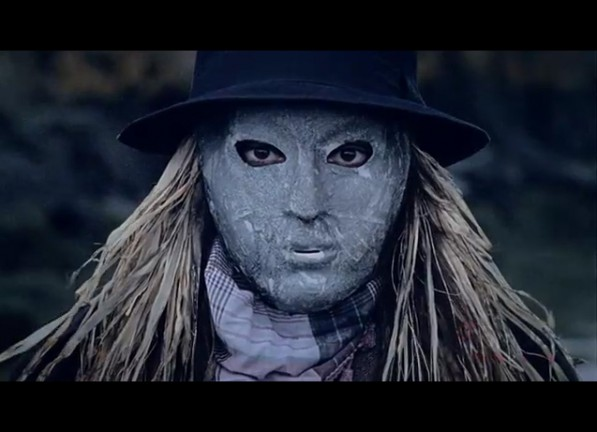Little-Dragon-Crystalfilm-Music-Video-scarecrow-597x432