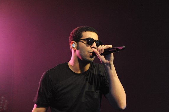 Drake performs live at Le Zenith