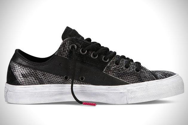 Converse-Chuck-Taylor-Year-of-the-Snake-Sneakers-3