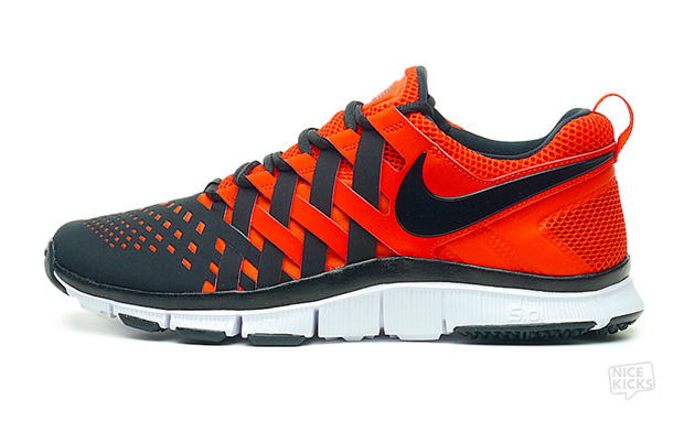 Nike-Free-Trainer-5.0-Pimento-Black-Available-Now