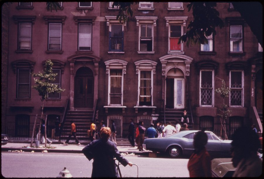 apartment-house-across-from-fort-green-park-in-brooklyn