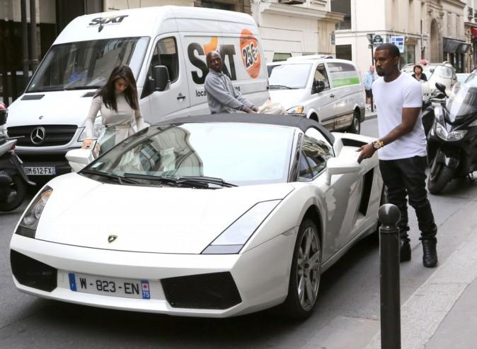 Ils-se-deplacent-en-Lamborghini_portrait_w674