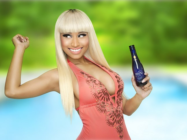 Nicki-Myx-Studio-0138_RGB-rszd (Copier)