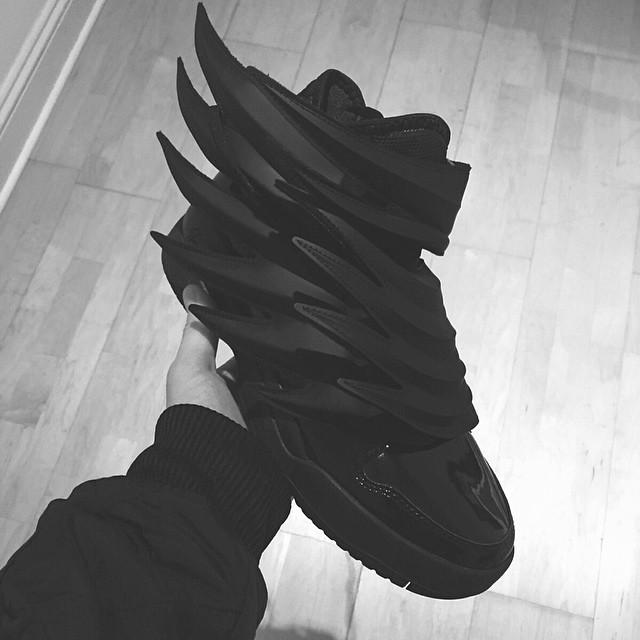 adidas-js-wings-dark-knight