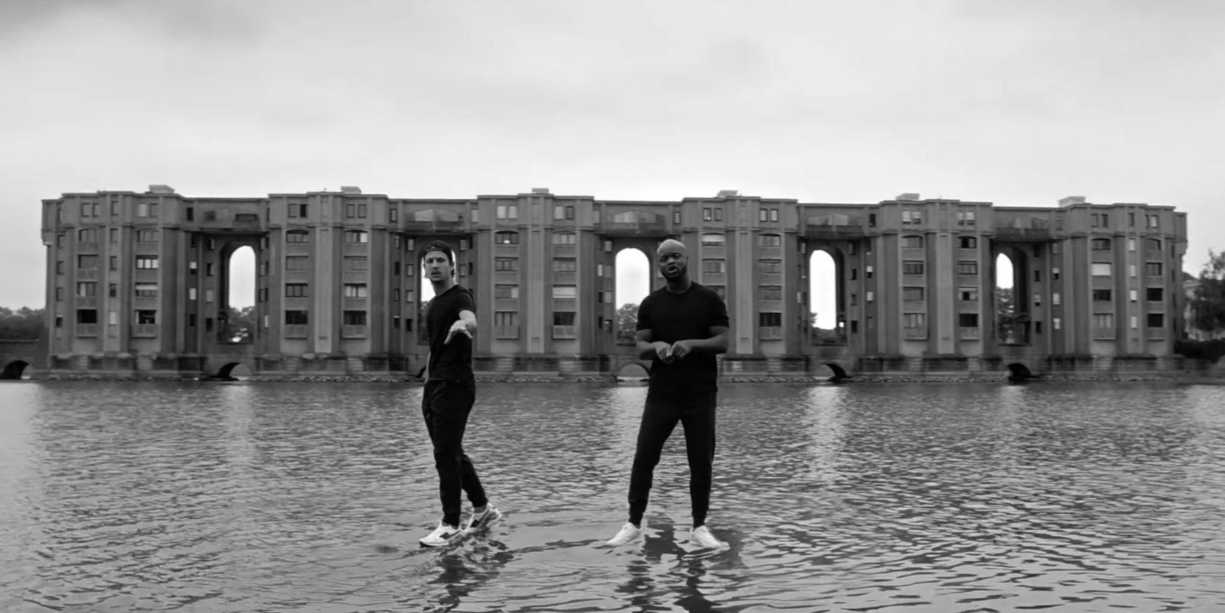 À voir : Dosseh et Nekfeu marchent sur l'eau sur 'Putain d'époque'