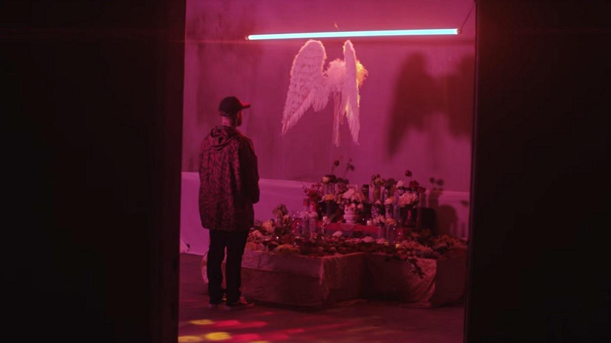 À voir : l'étrange court métrage de Mac Miller et Ty Dolla Sign pour 'Cinderella'